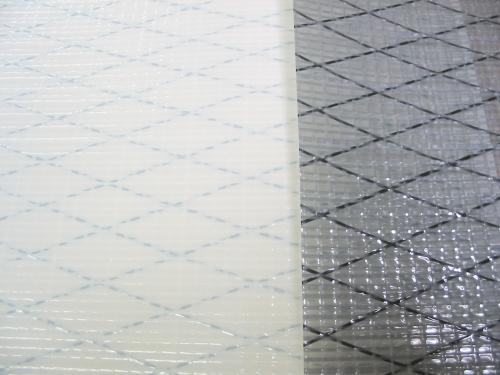 Новые виды материала UVPT10 белого цвета и UVPT10 серого цвета. Обратите внимание на черный цвет X-ply нитей Technora