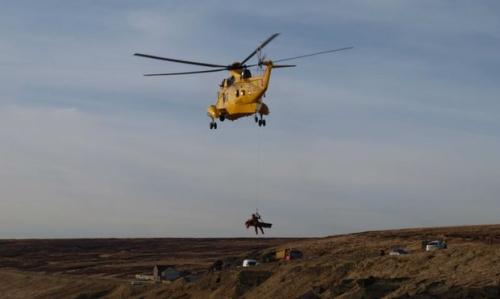 Эвакуация пострадавшего дельтапланериста вертолетом Королевских ВВС Великобритании